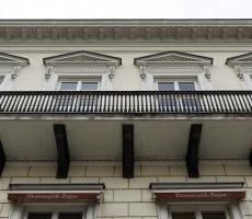 Dom Dochodowy o Trzech Frontach