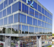 F2 Boutique Office