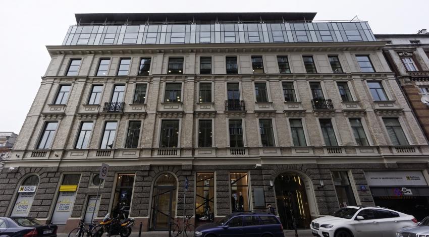 Renaissance Building