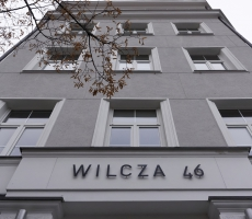 Wilcza 46